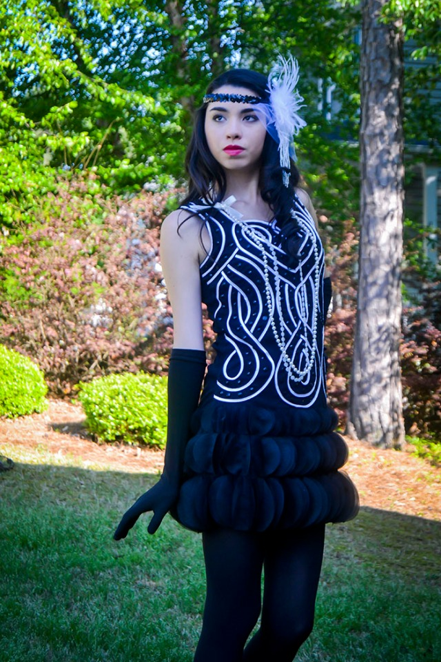 Thoroughly Mpdern Millie flapper costume teen fashion blog