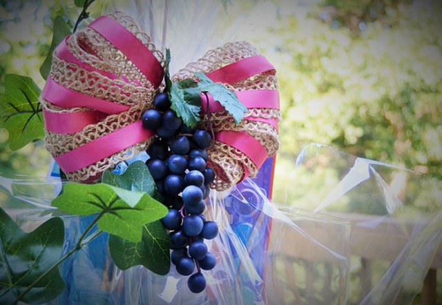 Creative gift wrapping basket